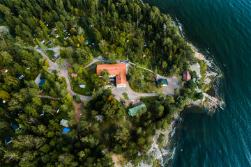 Helsinki grüne Insel mit Hütte