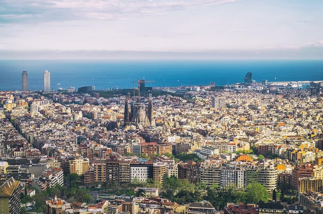 Sicht auf Barcelona von den Bunkers Del Carmel