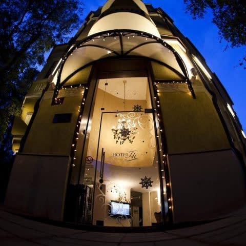 Hi Hotel Aussenansicht